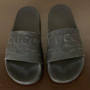 Gucci Pursuit 72 Rubber Slides Black Size 10B/40EU